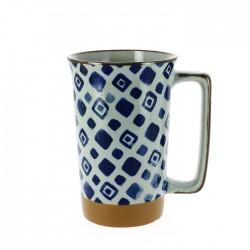 Grand mug bleu et blanc motifs carrés
