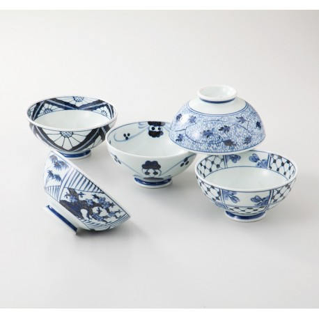 Set de 5 bols en porcelaine japonaise blanc et bleu